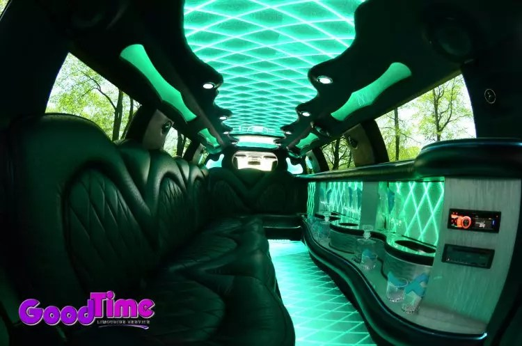 10 passenger chrylser 300 stretchlimo int 4 1 LIMO RENTAL FLEET
