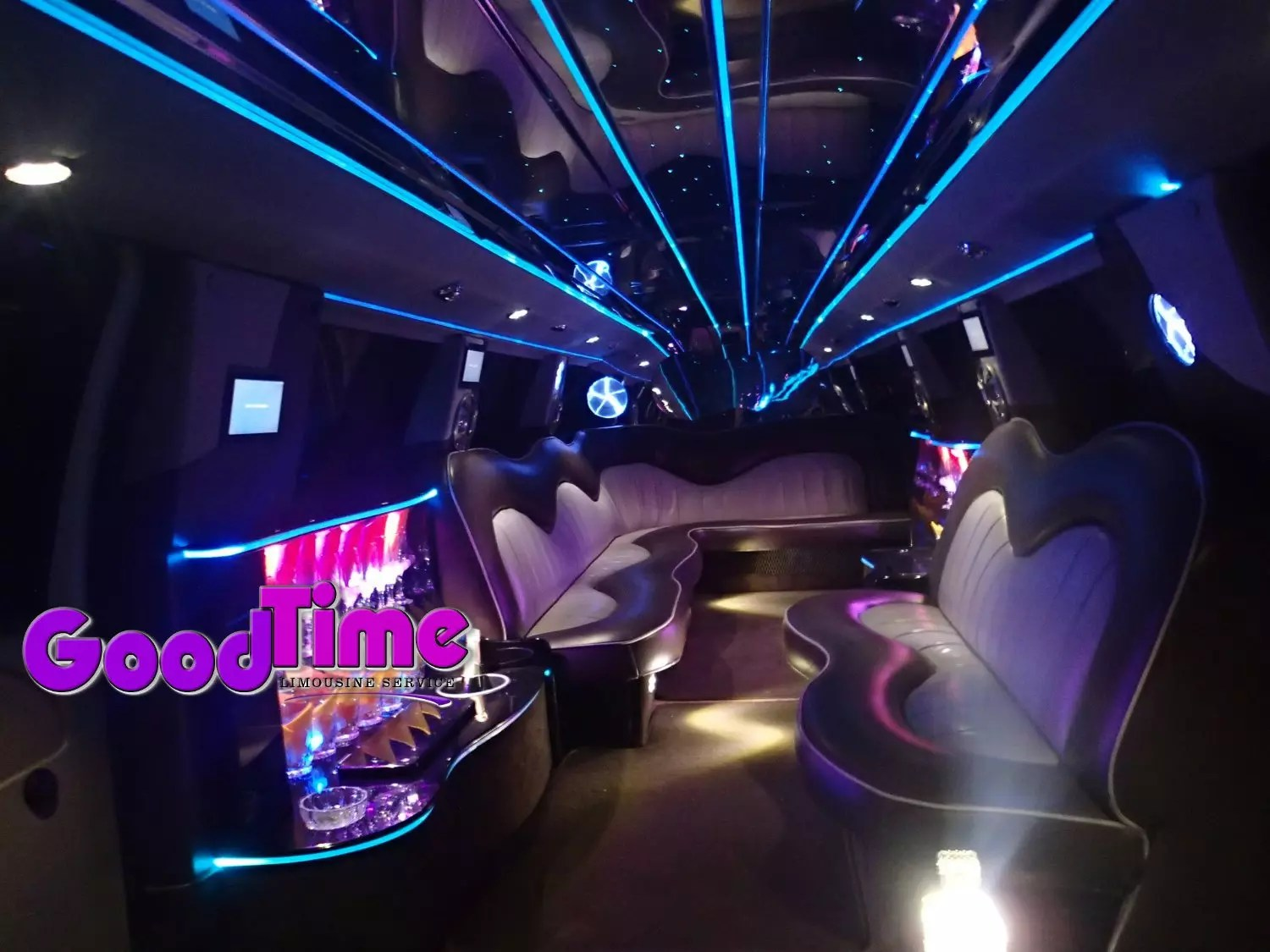 Ford F650 SUV Stretch Limo Hummer Killer 30 passengers int 3 1 LIMO RENTAL FLEET
