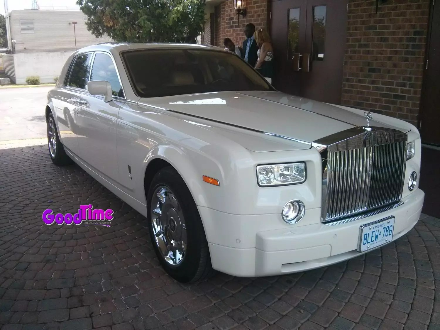 Rolls Royce Phantom White Limo Ext 1 1 LIMO RENTAL FLEET