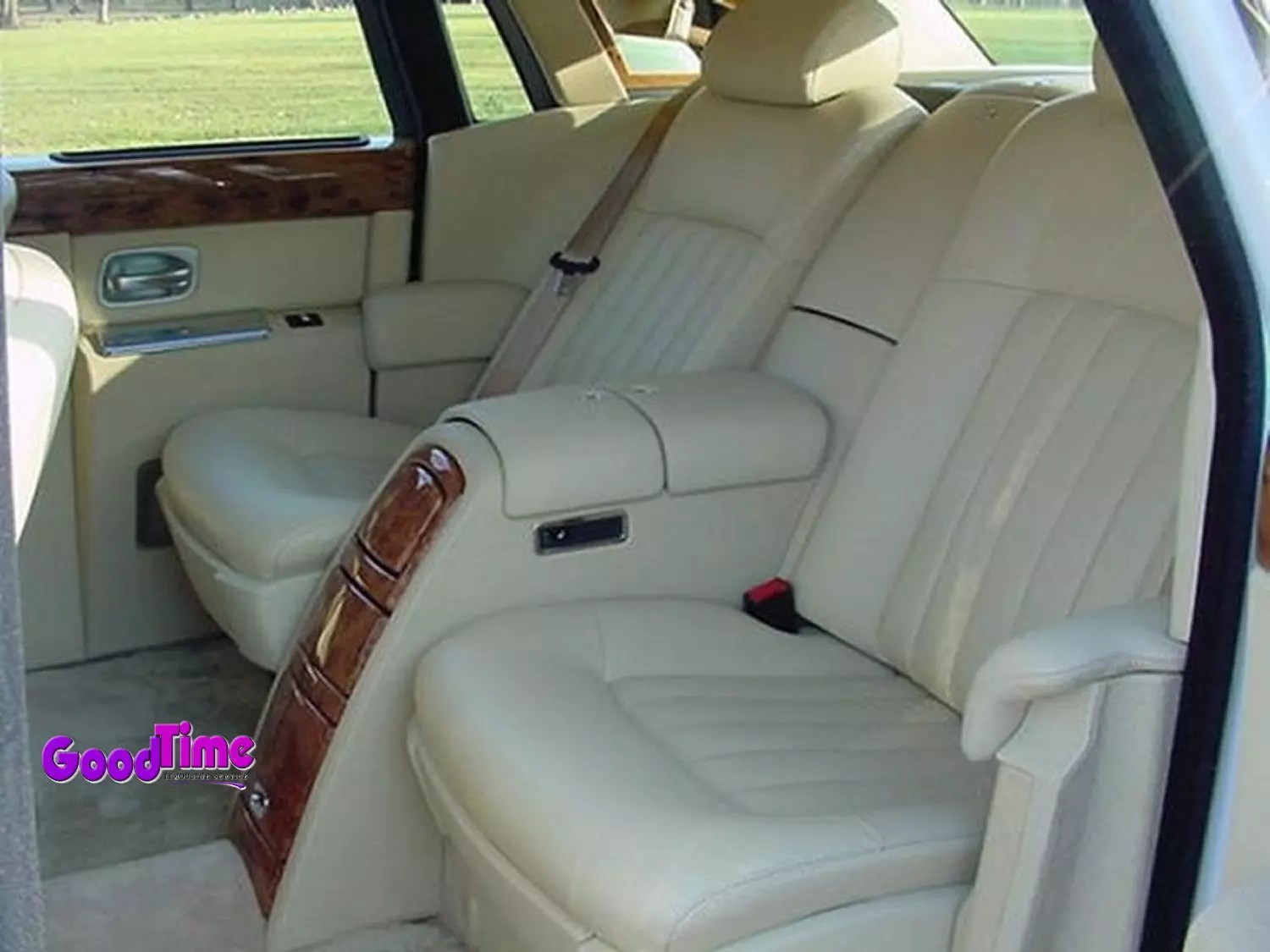 Rolls Royce Phantom White Limo Int 1 2 LIMO RENTAL FLEET