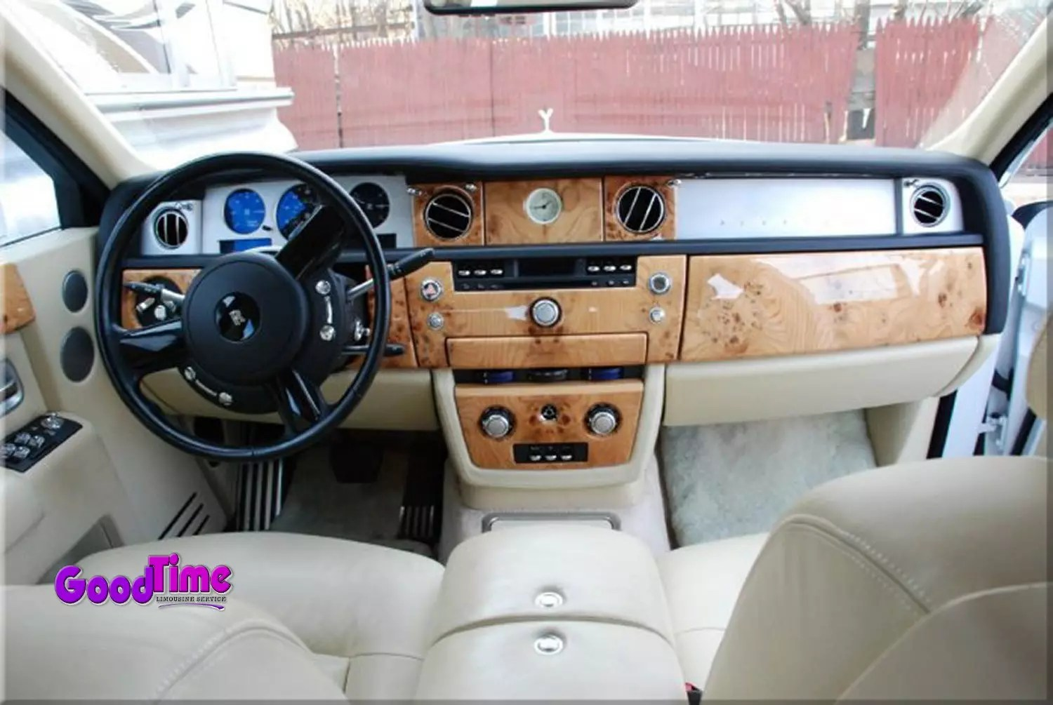 Rolls Royce Phantom White Limo Int 5 2 LIMO RENTAL FLEET