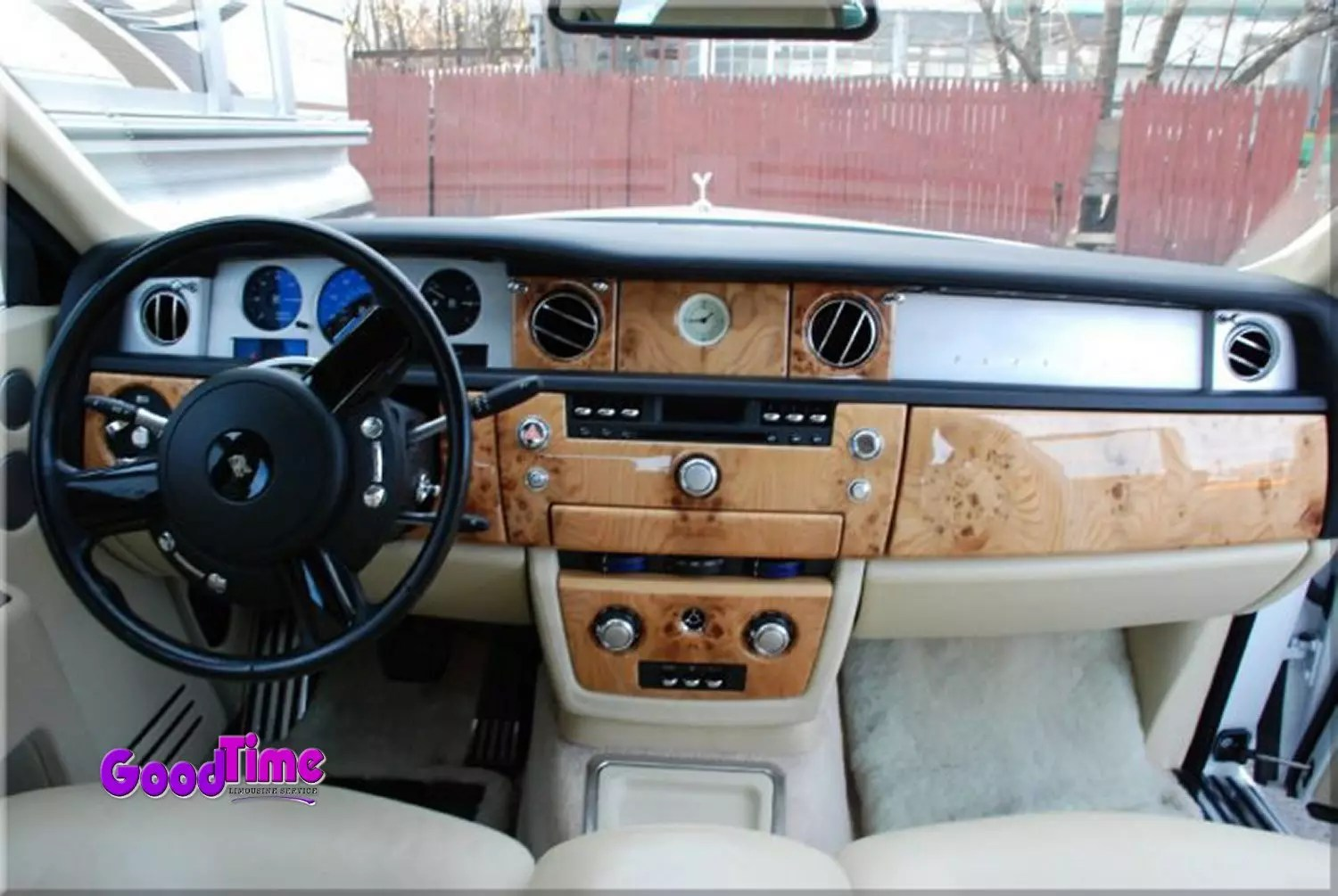 Rolls Royce Phantom White Limo Int 6 1 LIMO RENTAL FLEET