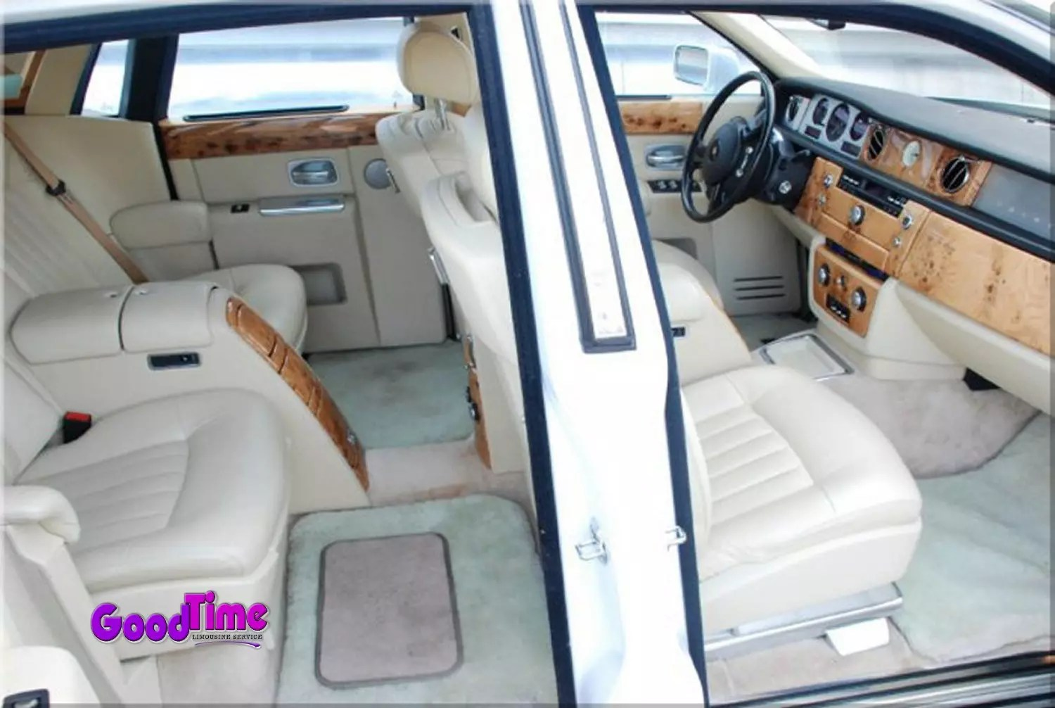 Rolls Royce Phantom White Limo Int 8 2 LIMO RENTAL FLEET