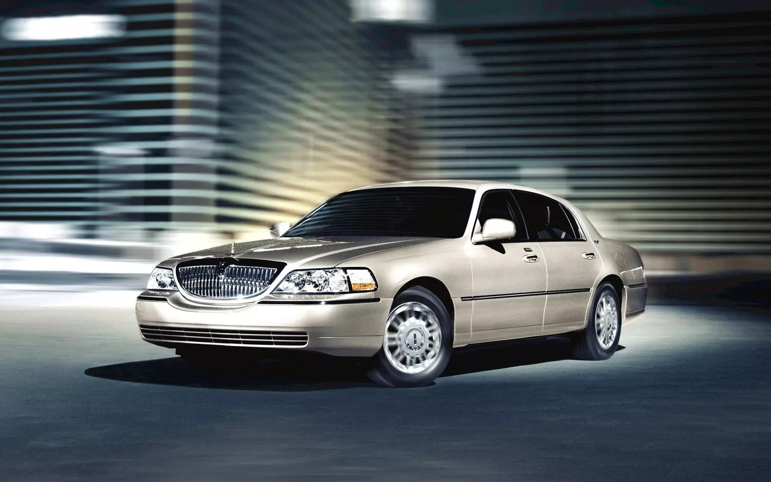 lincoln town car limo rental ext 3 LIMO RENTAL FLEET