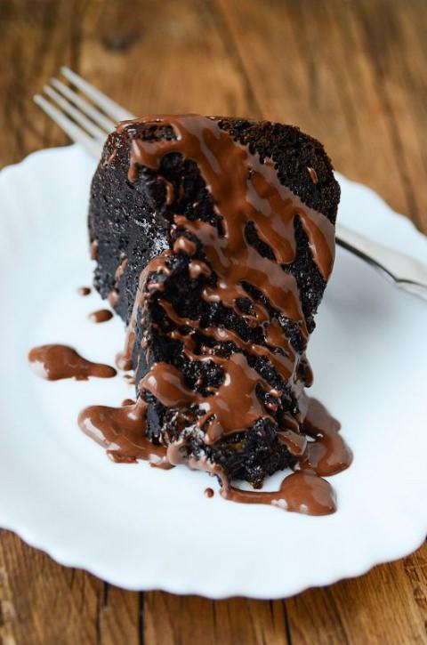 Crockpot  Chocolate Caramel Dump Cake