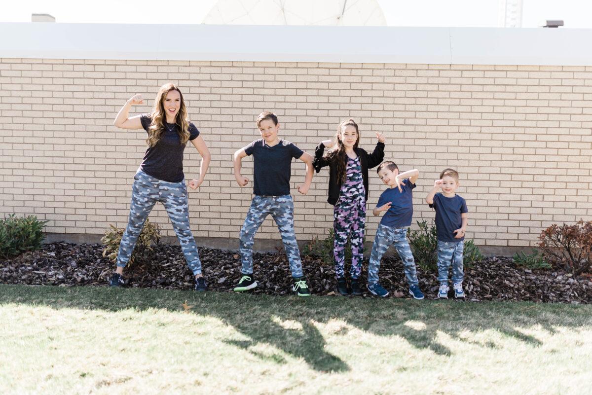 Slider - Kids Flexing