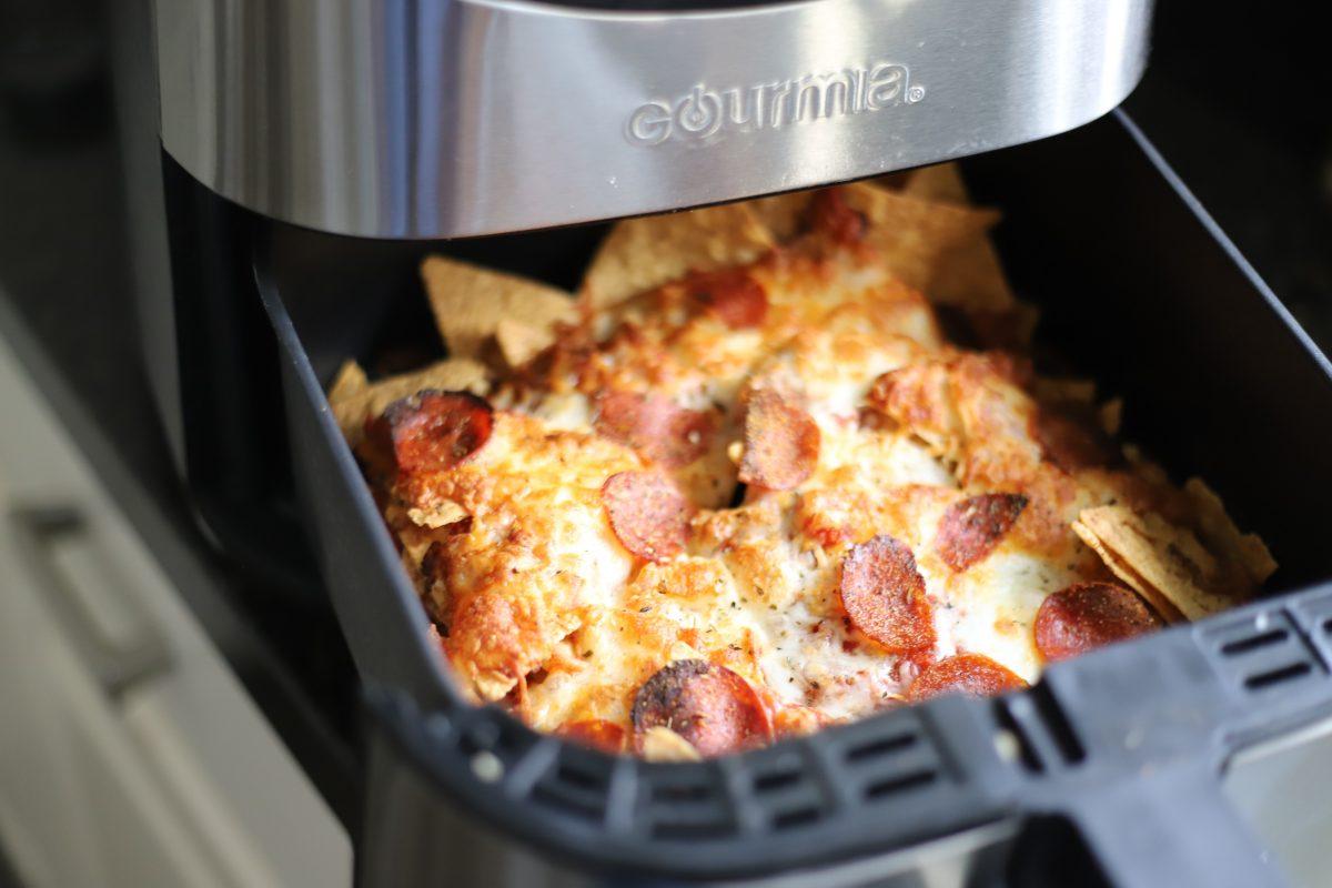 Air Fryer Pizza nachos