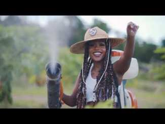Nailah Blackman x Sammy Jo – Farmer