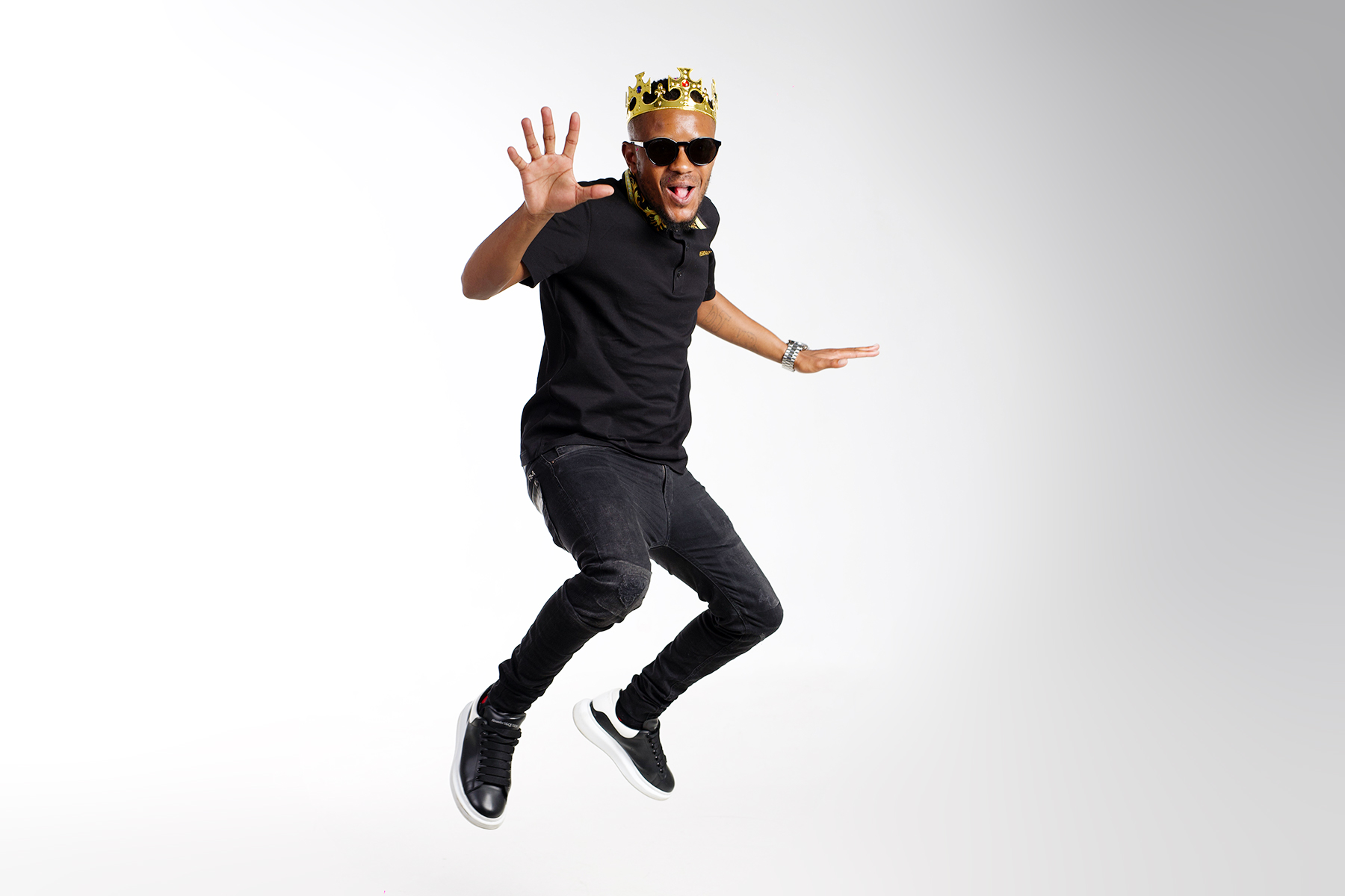 Kabza De Small, Soa Mattrix – Bambolwam Ft. Young Stunna mp3 download