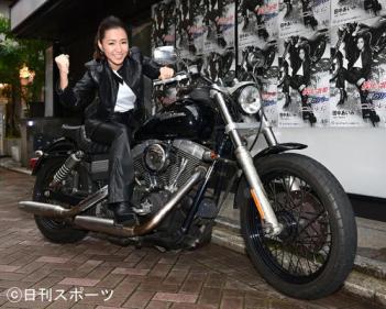 細川たかしに師事の現役女子大生、田中あいみ待ちわびたデビュー控え感謝