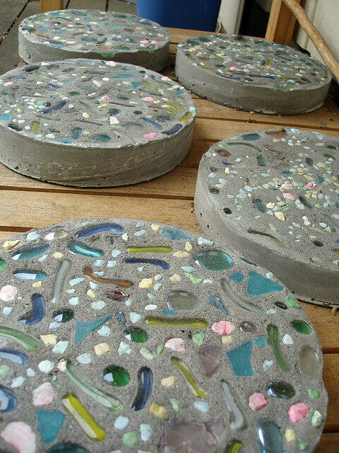Fast Easy Diy Stepping Stones
