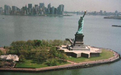 Fort Wood (Liberty Island) and Fort Gibson (Ellis Island ...