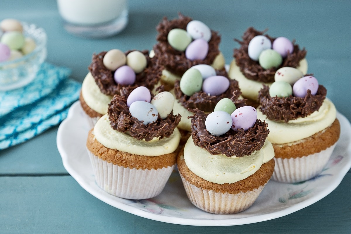Easter Cakes Or Cupcakes