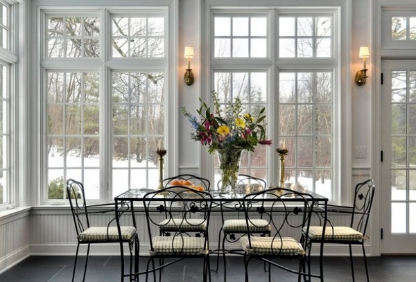 Living Ornaments Yellow Room