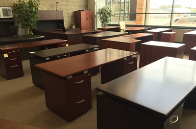 Kenosha Office Furniture Warehouse   Outlet Pricing   New   Used     Cheap Office Desk Kenosha