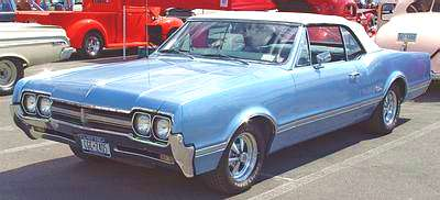 A Picture review of the Oldsmobile from 1960 to 1970 1966 Oldsmobile Cutlass 2 Door Hardtop