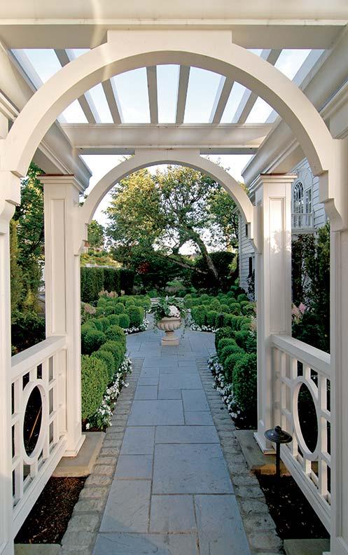 Designing A Historic Georgian Revival Garden Restoration