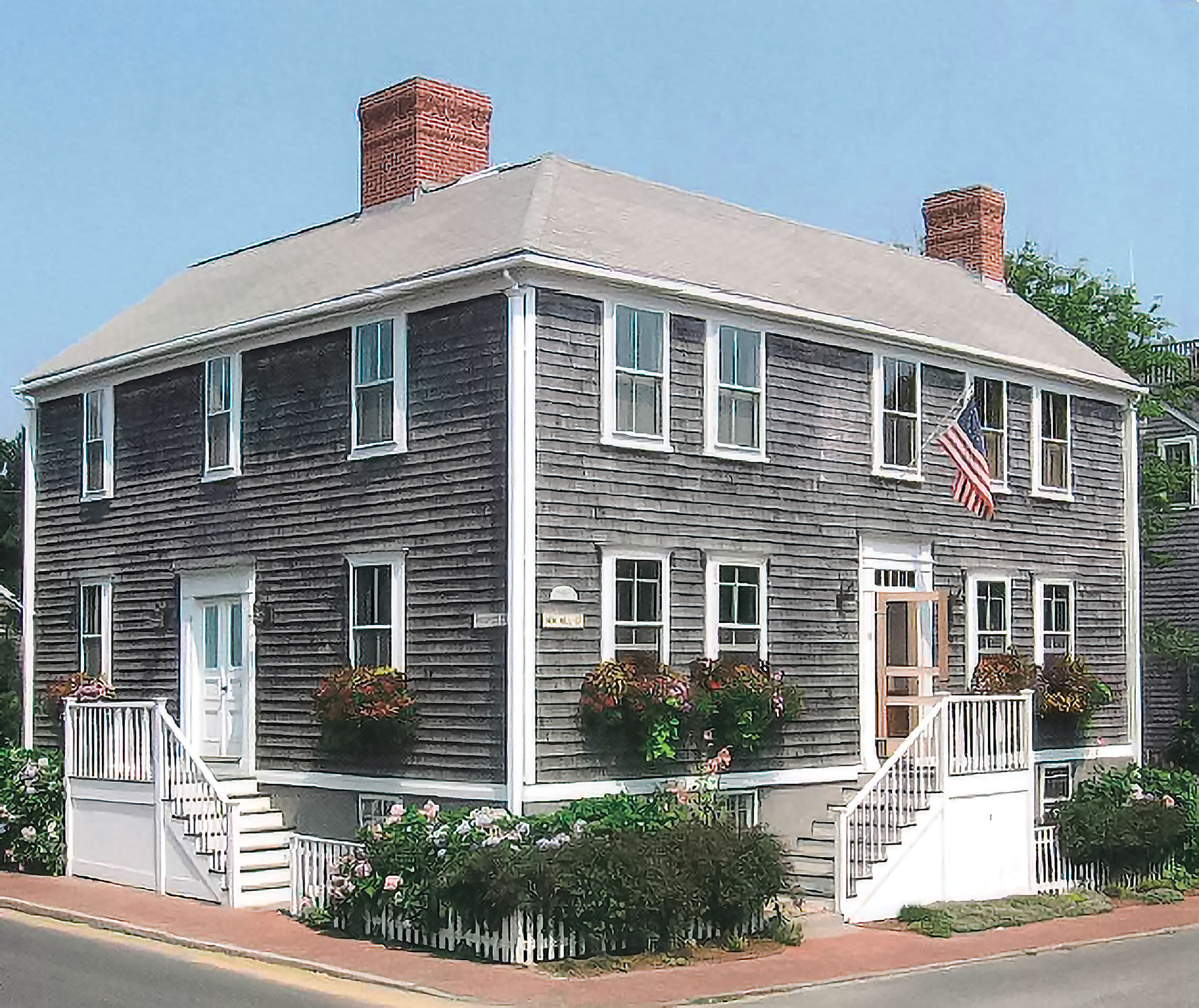 An Old Nantucket House Restoration Amp Design For The Vintage House Old House Online