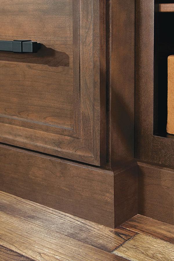 Furniture Base Moulding Beveled Omega