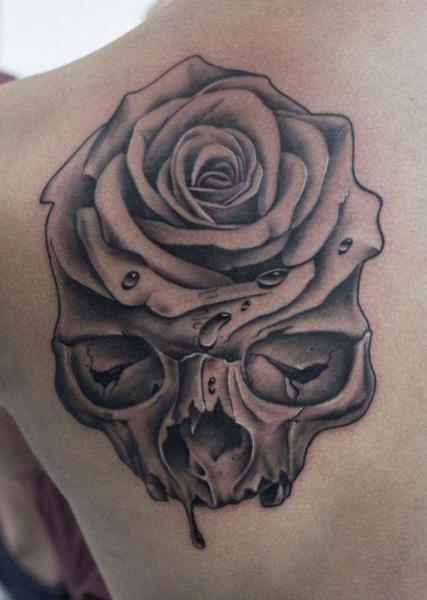 shoulder skull rose tattoo - 427×600
