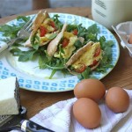 Real Girl's Kitchen: Pecorino & scrambled egg pita pockets