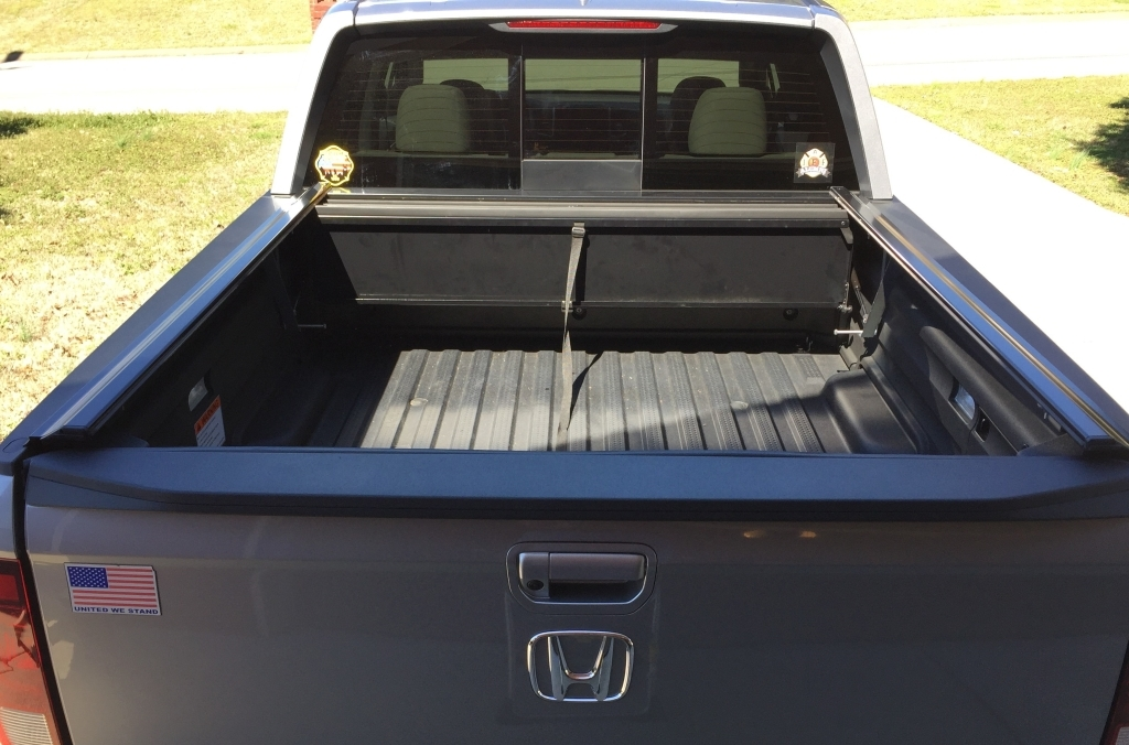 Peragon Retractable Truck Bed Covers For Honda Ridgeline