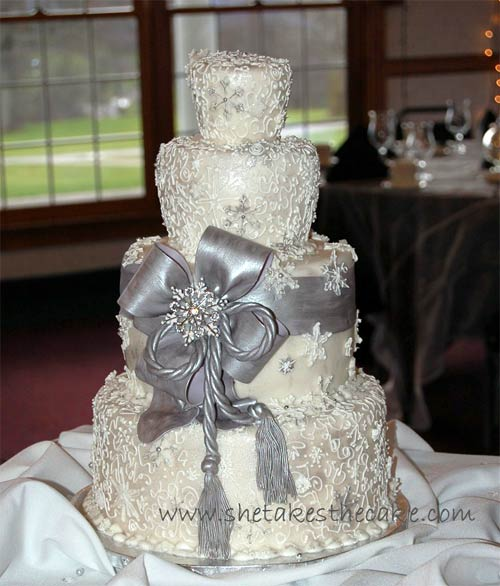 Stylish Silver Wedding Cake Designs silver wedding cake