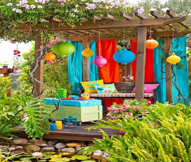 Backyard Garden Decor