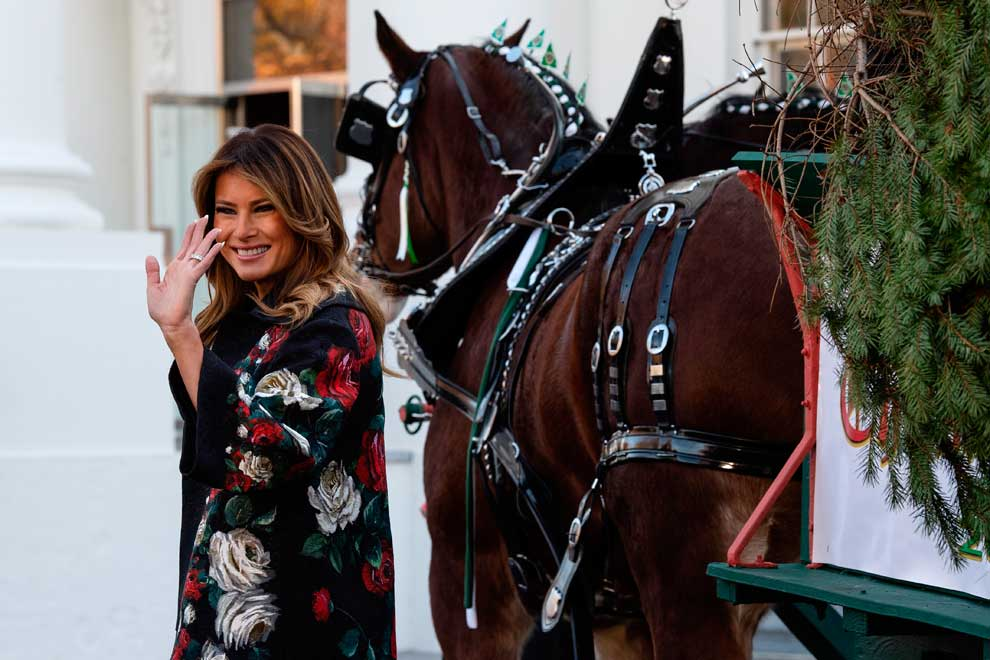 New Melania book takes on US first lady's clothes, rooms ...