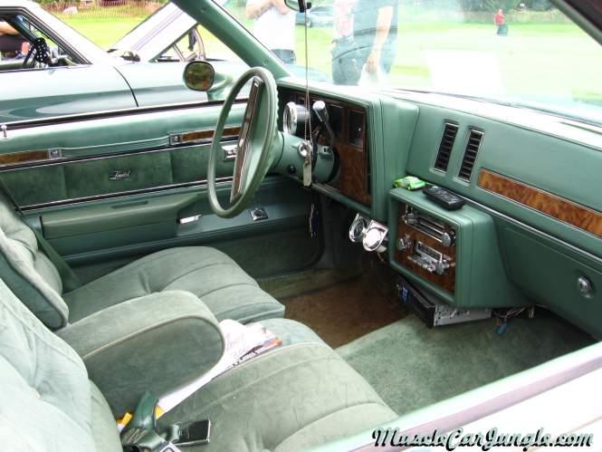 Dodge Challenger Interior