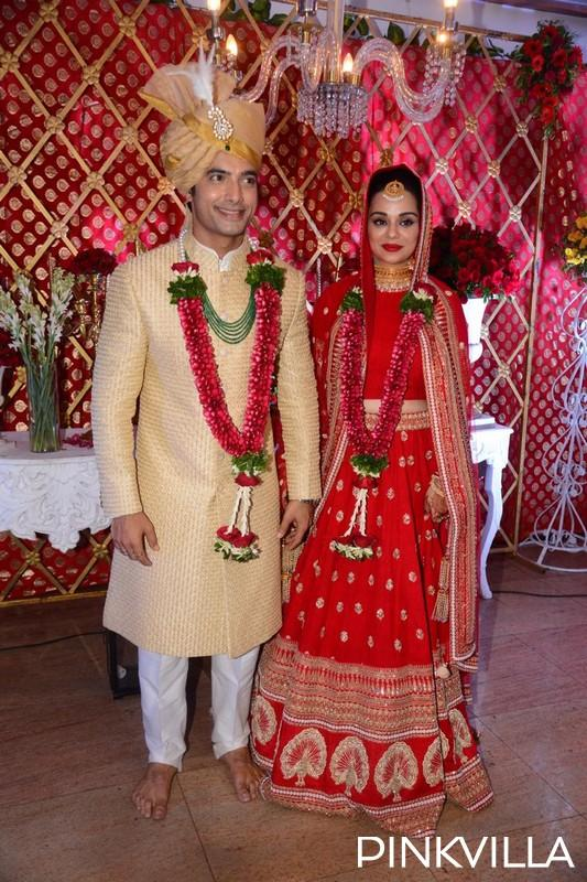 Wedding Photos Sharad Malhotra And Ripci Bhatia Are All Smiles While They Pose As Man And Wife