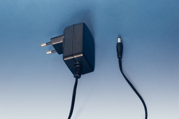 PLT AC Adapter / Universal Power Supply (BrandTech)
