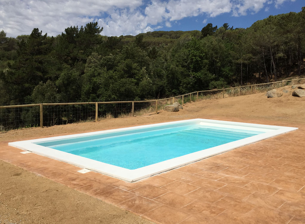 Piscina-fibra-Space-850-Dosrius_3802