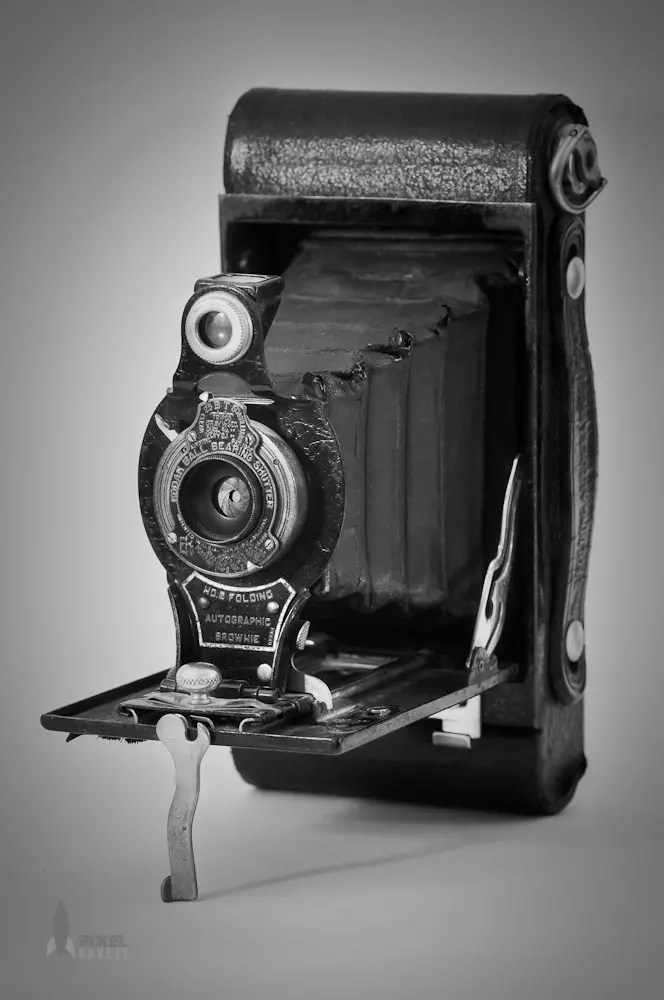 Kodak No. 2A Folding Autographic Brownie