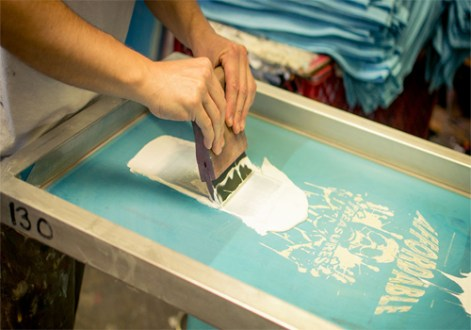 Different T Shirt Printing Methods     Plan B Printing Pros And Cons Of Silk Screen T Shirt Printing
