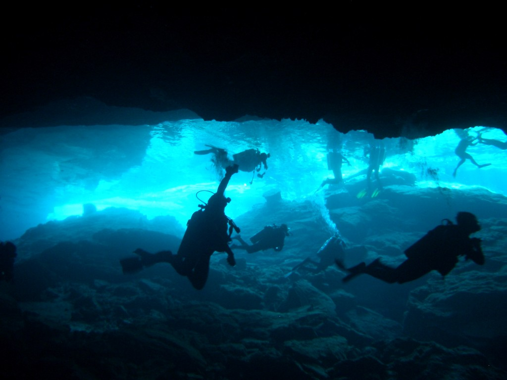 Cenote Mexico: Diving the Cenote Cancun Cave Known As Kukulcan, cenotes riviera maya