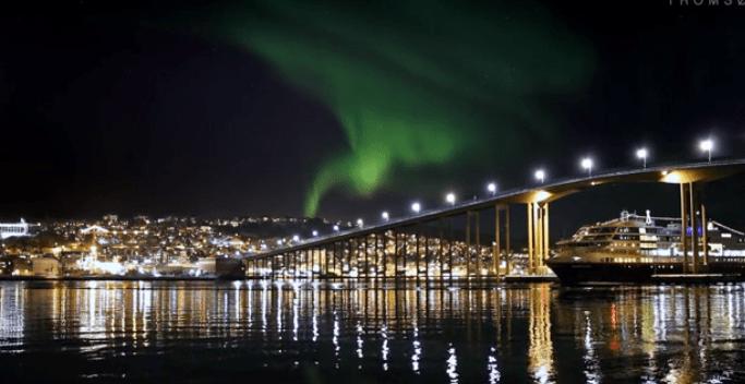 Hurtigruten Ship with Northern Lights in Norway https://ooh.li/1047f24