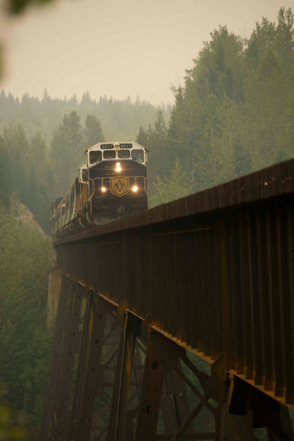 Canadian Rockies Train, Rocky Mountaineer Train Trip, Canadian rockies by Rail