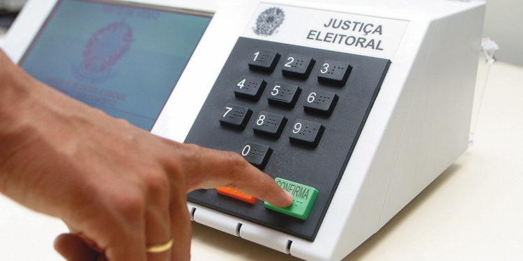Em 2020, brasileiros vão eleger prefeitos, vice-prefeitos e vereadores; Calendário eleitoral começa em janeiro