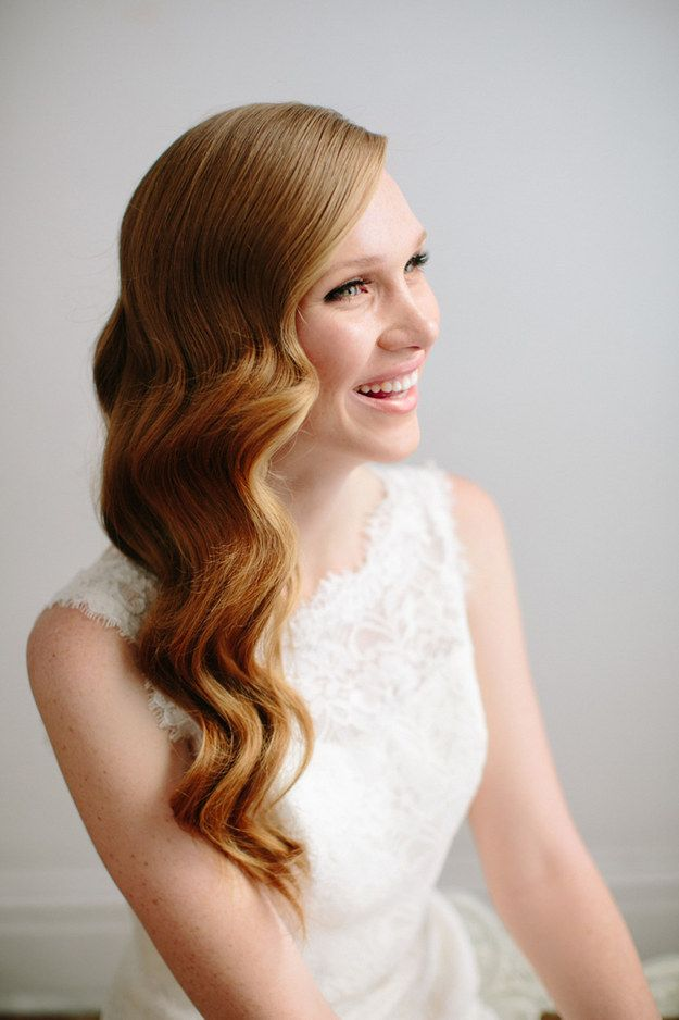 17 Simple But Beautiful Wedding Hairstyles 2017 Gorgeous Long Wavy Wedding Hairstyle