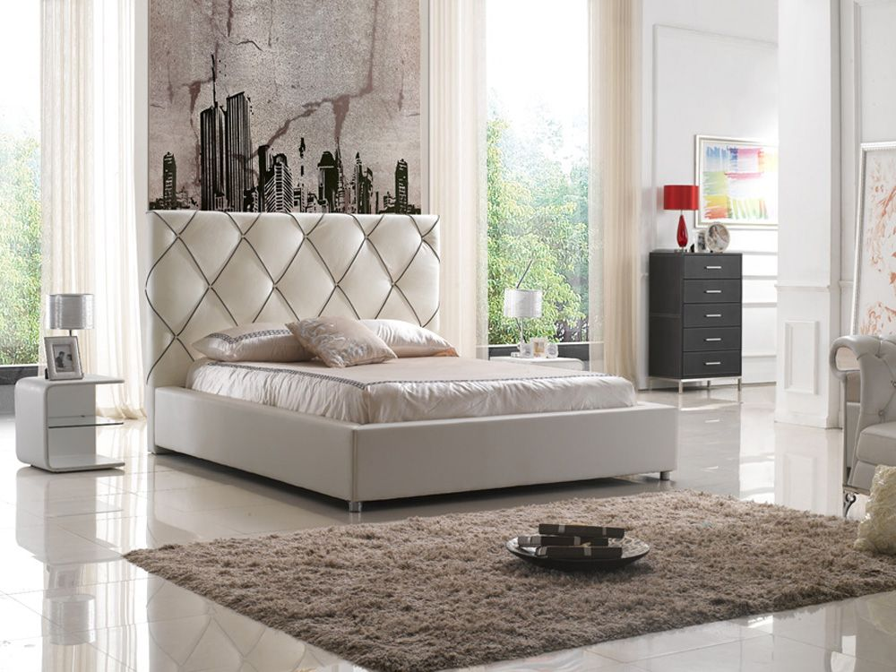 Elegant Leather High End Platform Bed with LED Light Evansville     Elegant Leather High End Platform Bed with LED Light Evansville Indiana  ESF6200