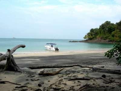 Isla Puerco - Panama, Central America - Private Islands ...