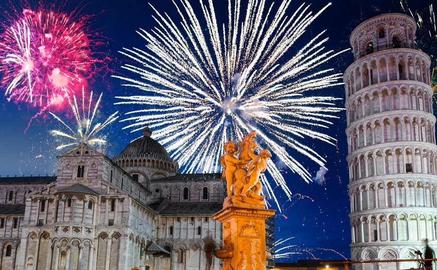 New Year s Eve Tradition   Italy Property Guides new years firework display in pisa italy