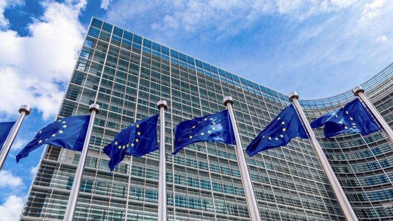 BT, Accenture and IBM win European Commission cloud ...