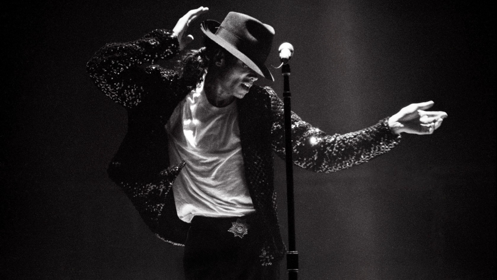 Michael Jackson and the moonwalk - The Pulitzer Prizes