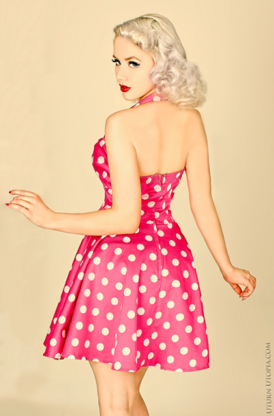 Pinup girls - How to recognize them