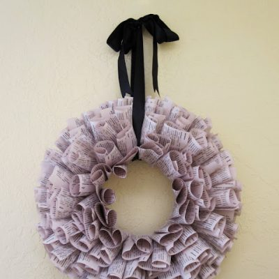 Tutorial: Upcycled Book Pages Wreath