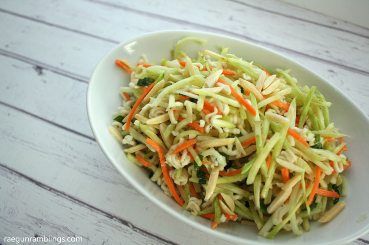 Hands down the best broccoli slaw recipe. We love taking this as a healthy option to pot lucks