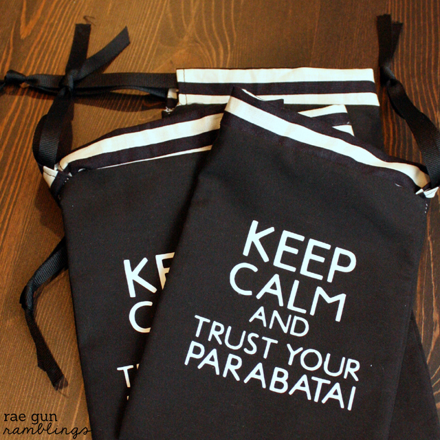 Keep Calm and TruSt Your Parabatai pouches perfect for celebrating the #cityofbones movie #themortalinstruments #yalit #tutorial - Rae Gun Ramblings