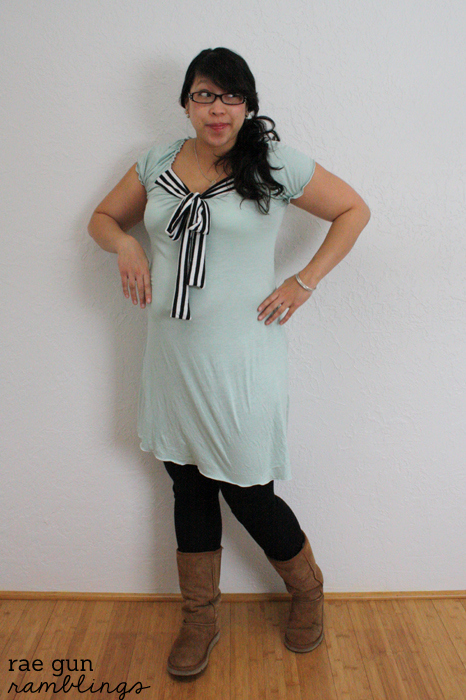 DIY Mint Maternity Dress - Rae Gun Ramblings